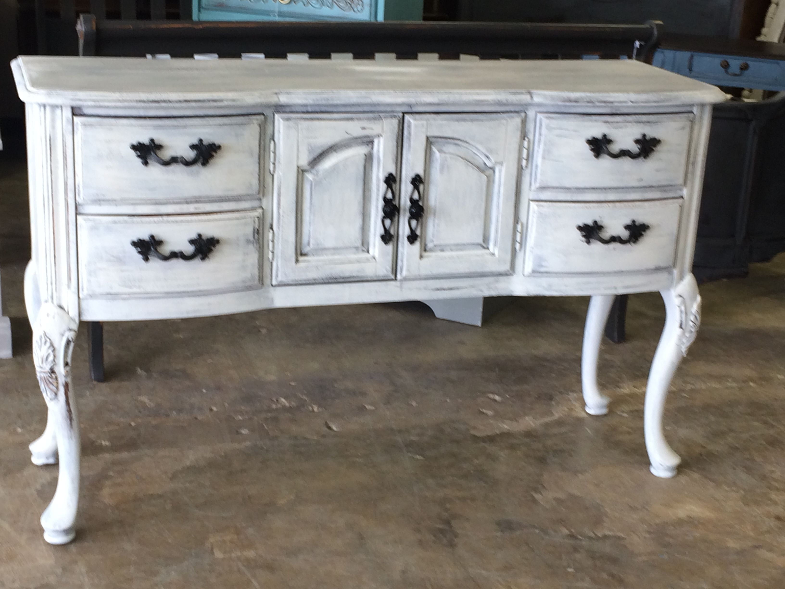 Check Out This Piece Wowser This Is The Perfect Tv Stand But Yet It Would Also Look Perfect In The Dining Room As A Shabby Chic Buffet Perfect Tv Shabby Chic