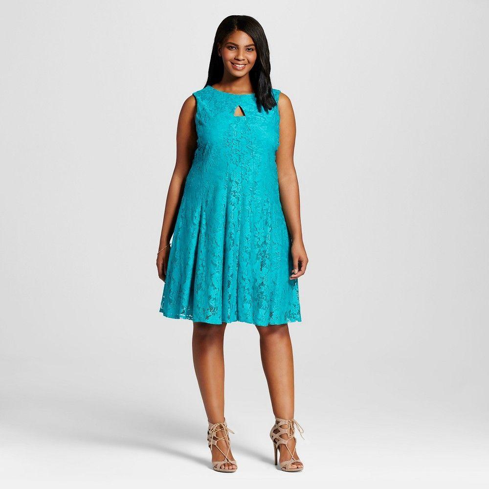 Women's Plus Size Sleeveless Dress with Keyhole Light Green