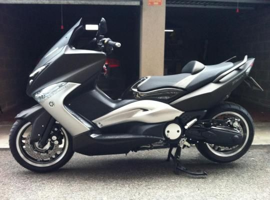 moto scooter t max usati