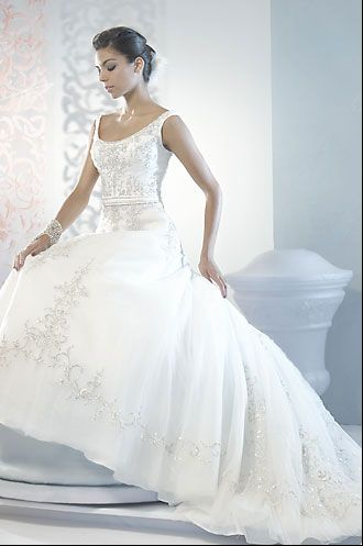 Wonderful Bride.ca | Bridal Gowns 2009: Alfred Sung Signature Collection Amazing Design
