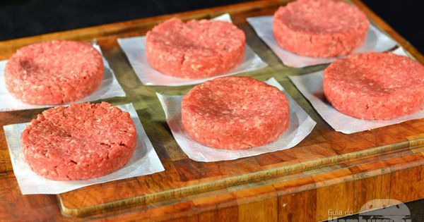 Ensinamos a fazer o hambúrguer caseiro como nas melhores hamburguerias. Desvendamos todos os segredos e criamos o passo-a-passo c/ fotos - tutorial… | Pinteres…