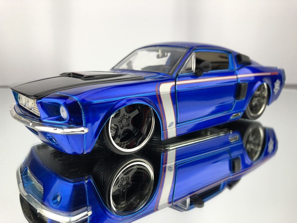 Jada 1967 Ford Shelby Gt 500 10th Anniversary Limited Edition 1 24 Diecast Car Jadatoys Fordshelby Fordmustanggt5 Ford Shelby Ford Shelby Gt 500 Ford Racing