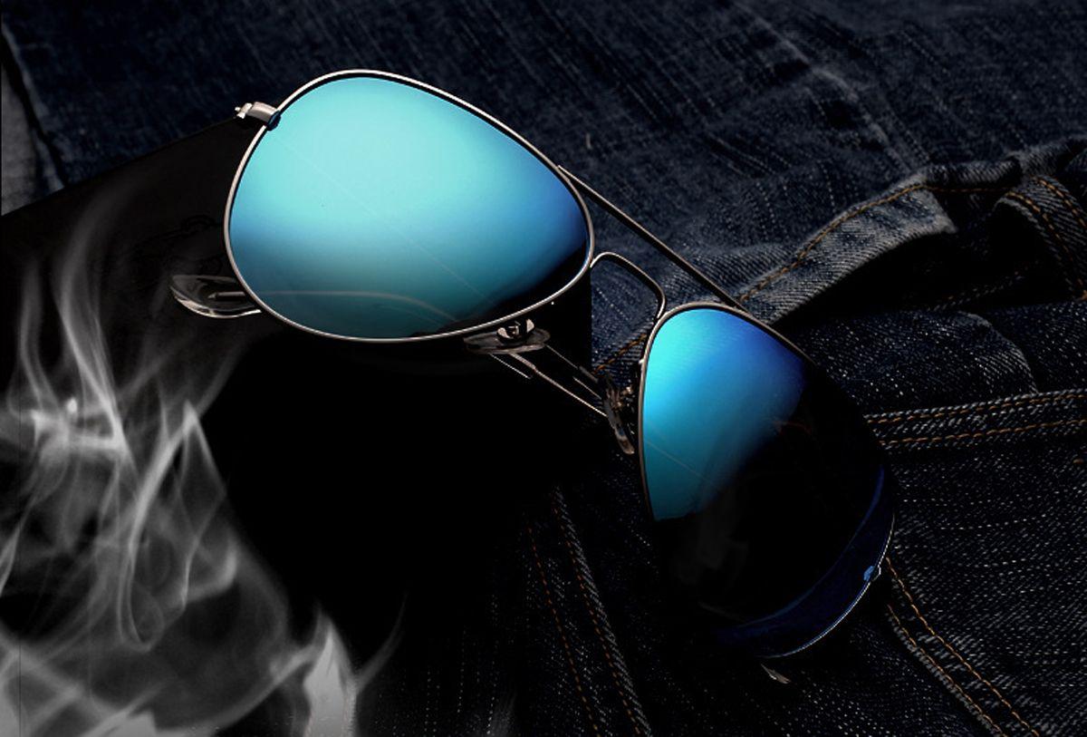8d2abea9b6 XSHINE Premium Full Mirrored Metal Aviator Sunglasses Polarized Uv400 for  Men and Women - Silver Frame