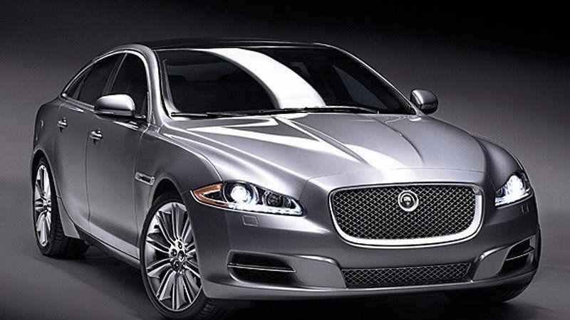 2010 Jaguar Xj We Get Hands On With Coventry S New Big Cat In 2020 Jaguar Xj Jaguar Car Jaguar