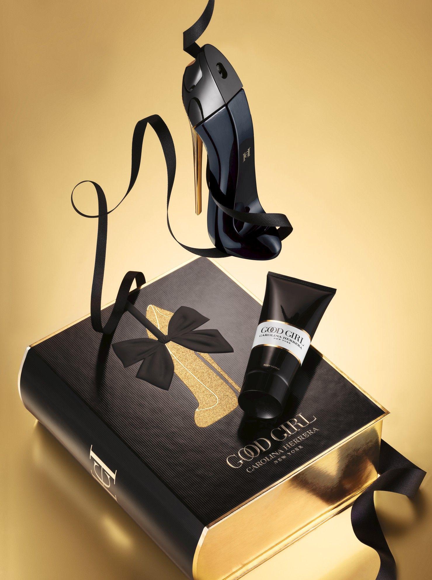 Carolina Herrera Good Girl Eau De Parfum Gift Set Jewelry