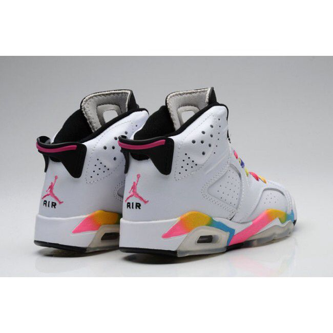Image from http://www.girl-jordans-shoes.com/