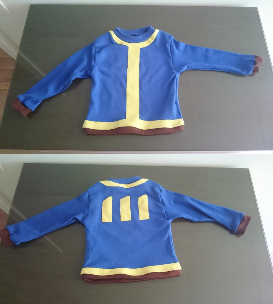 I made a babysized Fallout shirt in school Fallout 4