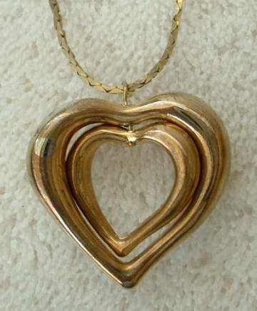 Double Puffed Nested Hearts Pendant Necklace Vintage Sweetheart Jewelry by VintageJewelryShop for $21.00