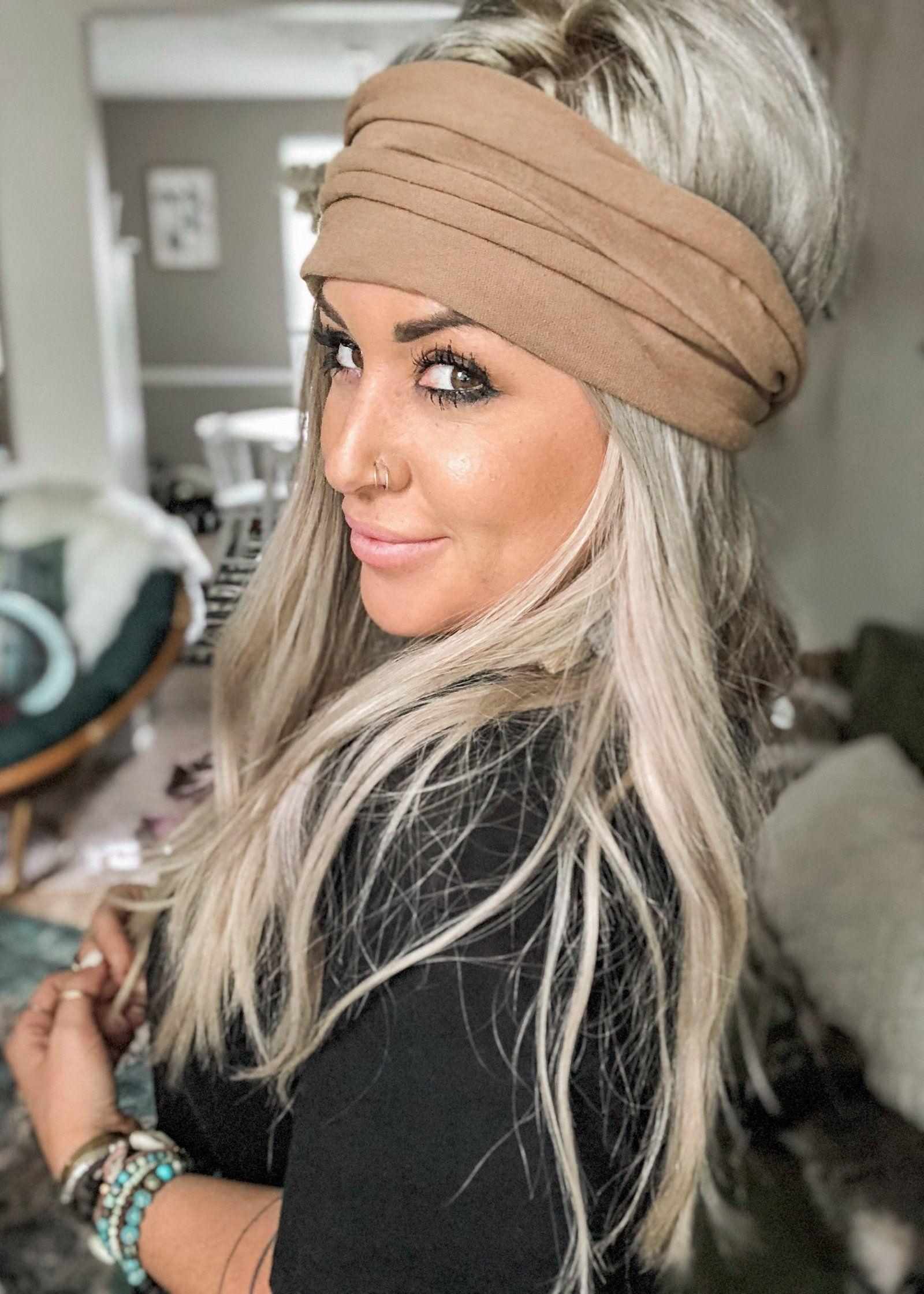 17 Showy Thick Headband Hairstyles Girls Headband Hairstyles Long Hair Styles Hair Styles