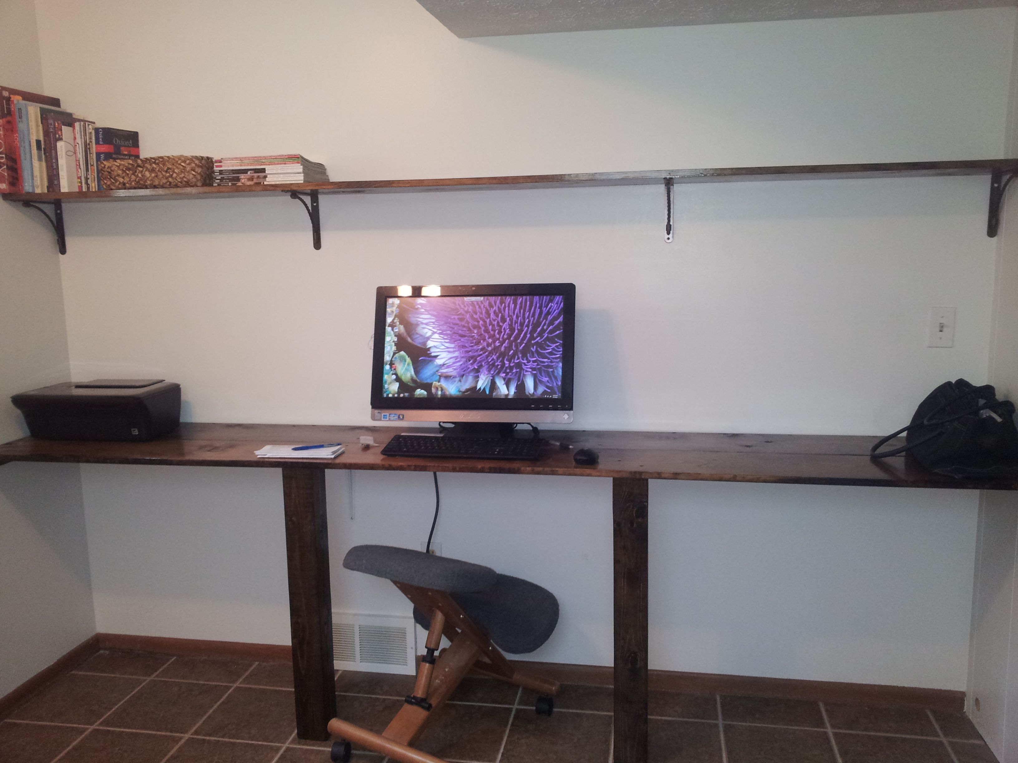 Easy diy wall to wall desk and shelf diy pinterest Diy work desk