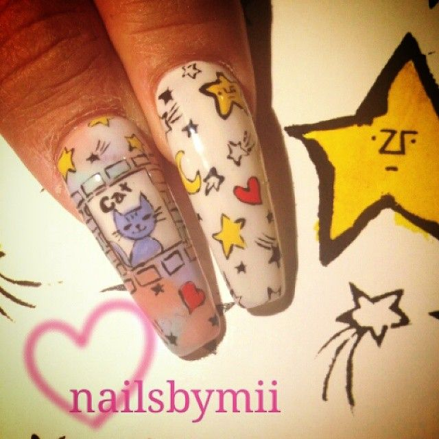 Instagram media by nailsbymii - #nails #instasize #swag #popart #stars #moon #cat #catnail #nailstagram #nailswag #moma #vanityprojects #inspiration #love #artist @mikutsutaya #네일아트 #네일 #젤네일 #뉴욕 #냥스타그램 #고양이 #사랑
