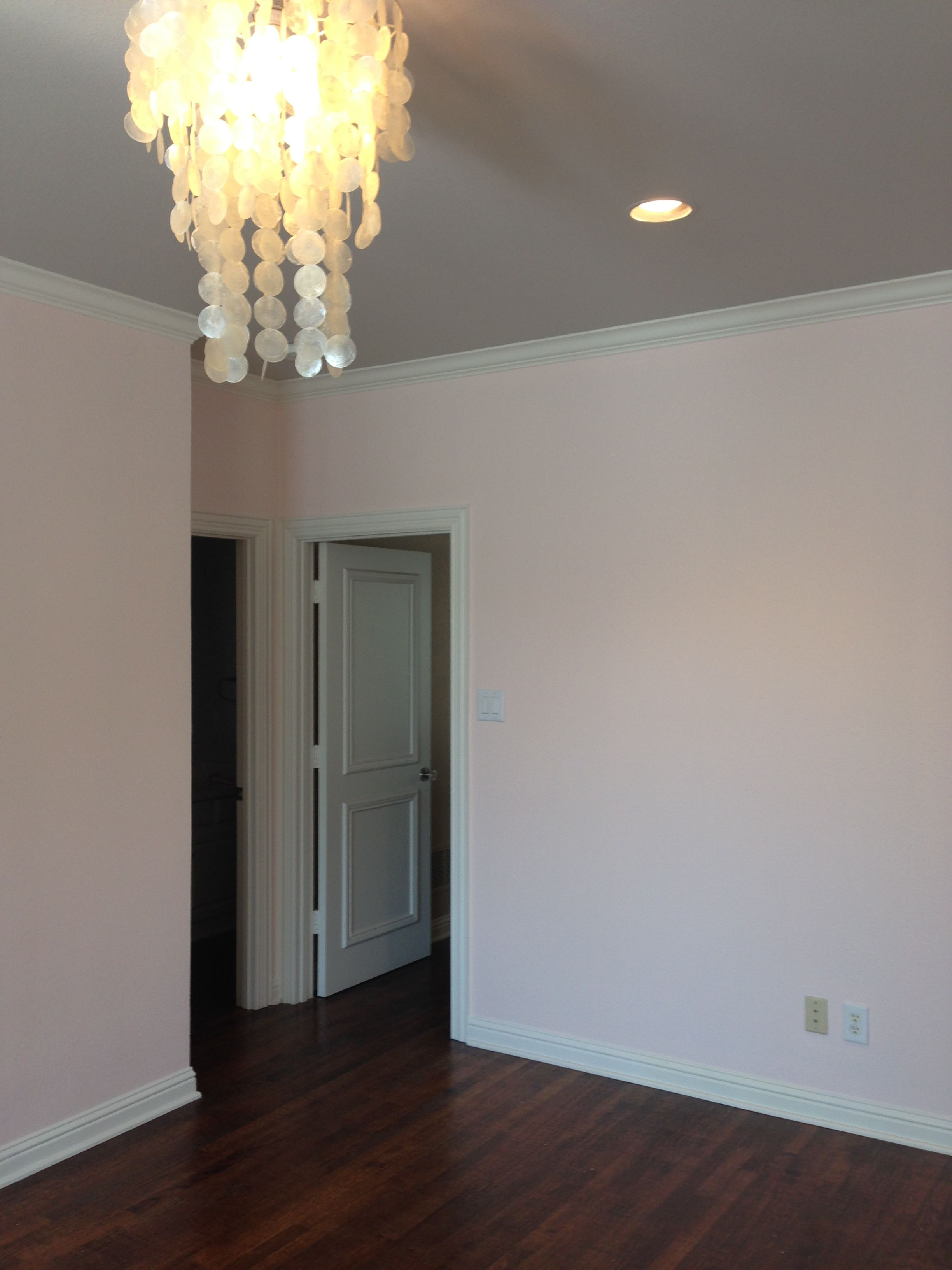 Benjamin Moore Pink Cloud On Walls And Collingwood Paint Ceiling