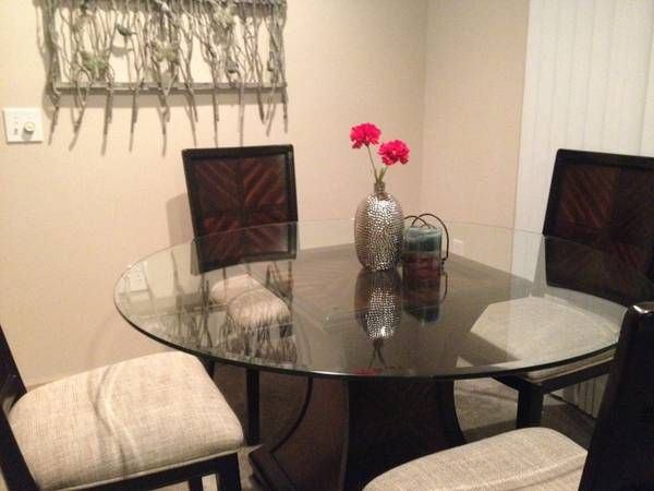 Dining Table Set In Urgent Movings Garage Sale Columbus Oh New Room Tables Ohio