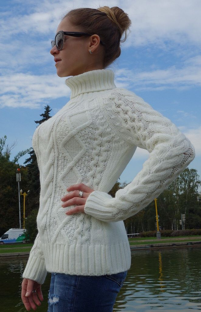 d2a8344fc2 Hot sexy women in cabled aran woolen turtleneck