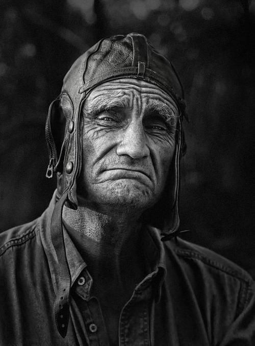 Old man, powerful face, aged, lines of life, wrinckles, cracks in time, strong, intense eyes, portrait, photo b/w.