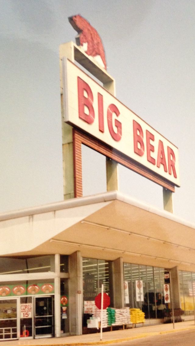 Big Bear Grocery Store South High Street Southside Columbus Ohio