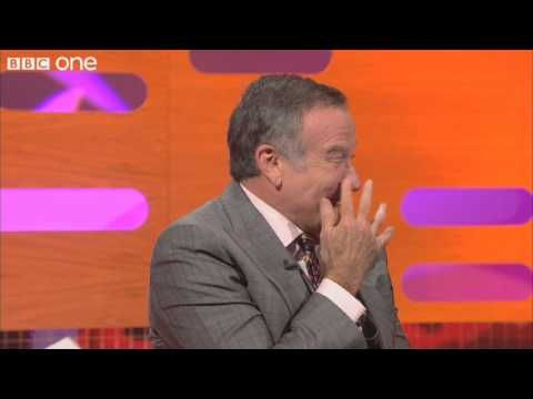 Hobbiton Is A Real Place Elijah Wood Is So Sweet Graham Norton Is Skeptical And Robin Williams Is Hilarious His Feet Are B Bbc One Norton Show Funny Clips