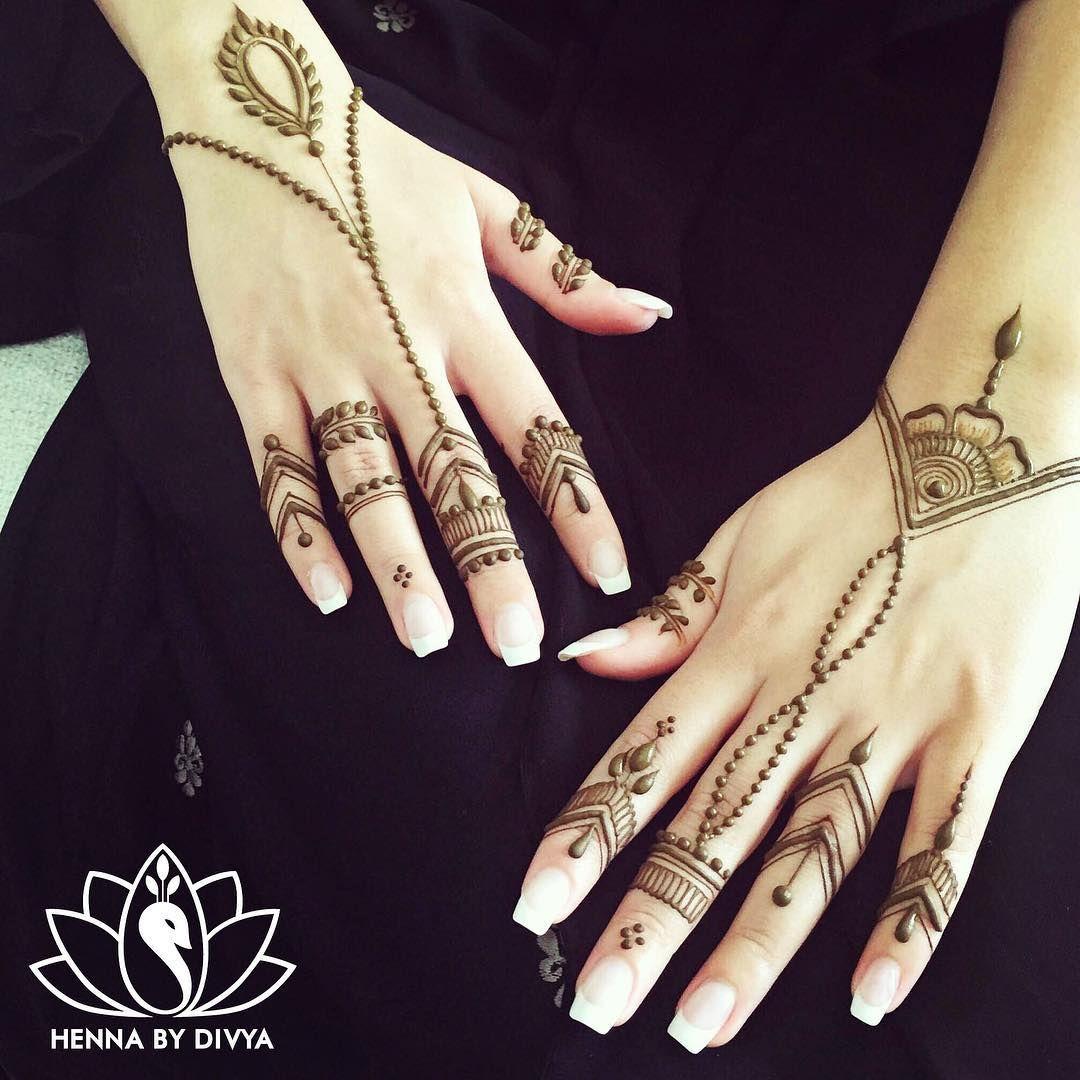 simple yet elegant creative henna pinterest hennas. Black Bedroom Furniture Sets. Home Design Ideas