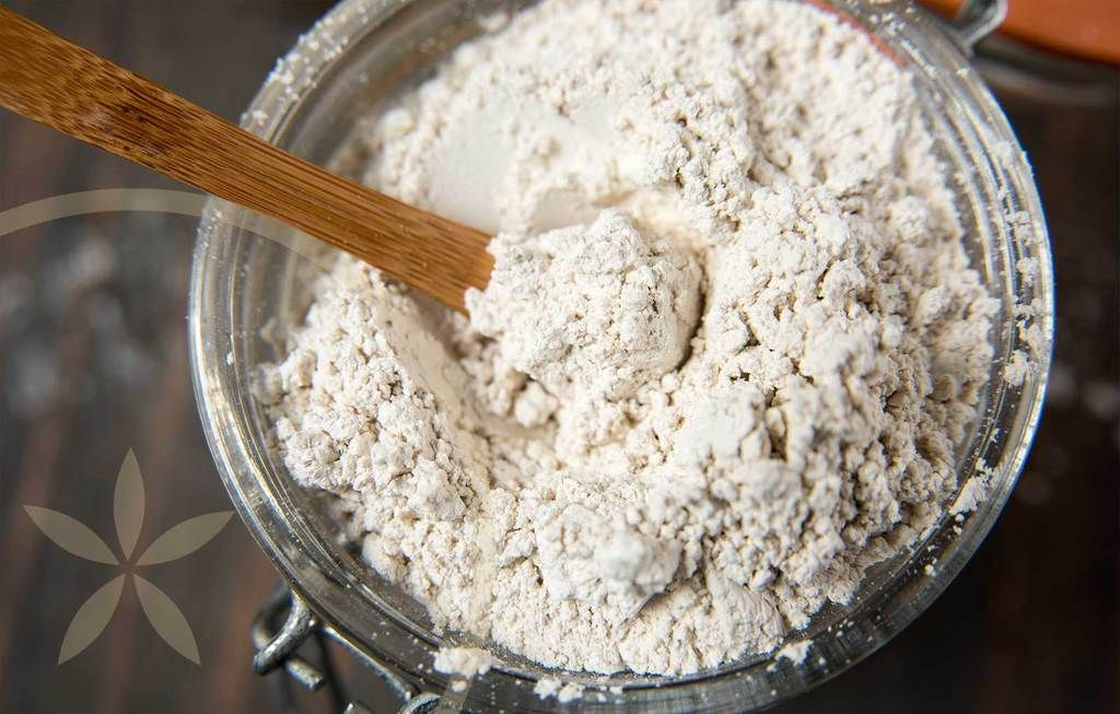 5 Everyday Uses For Food Grade Diatomaceous Earth (With