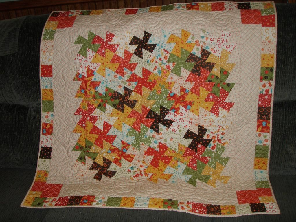Little Twister Quilt- I made this for a gift and thought it turned ... : twister quilt patterns - Adamdwight.com