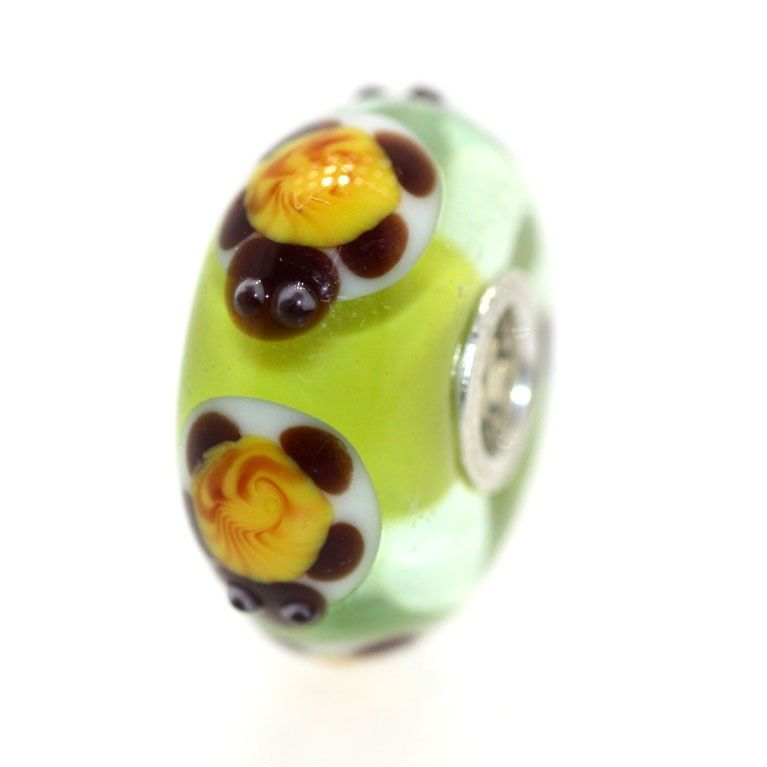 Summer Turtle Unique Trollbead! Classic Unique 7219, $45.00 (http://www.trollbeadsgallery.com/classic-unique-7219/)