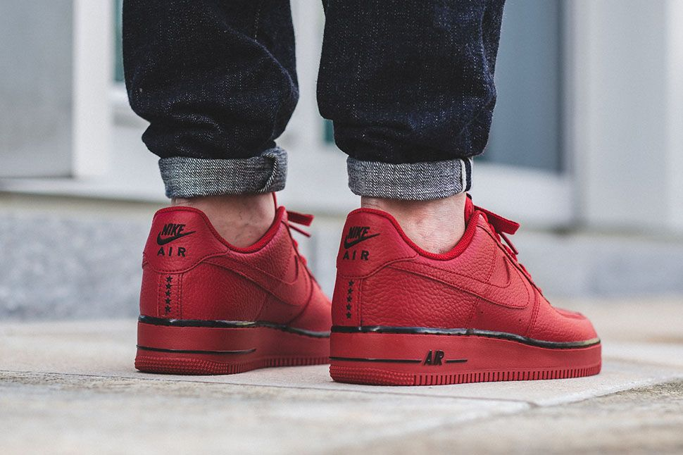 "outlet store c1027 60663 Nike Air Force 1 Low ""Gym RedBlack"" (Star Pack) - EU Kicks Sneaker  Magazine"