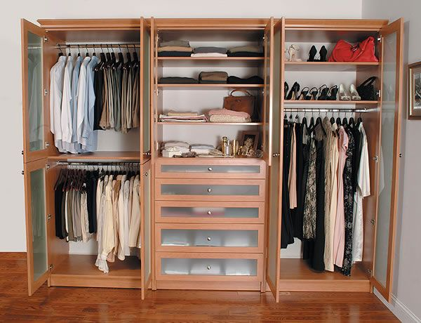 High Quality Wardrobe With Doors Open