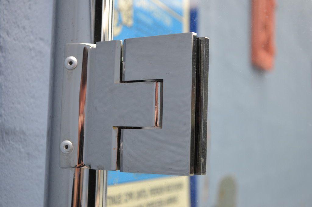Frameless Glass Doors Hinge   Glass   Pinterest   Glass door hinges ...