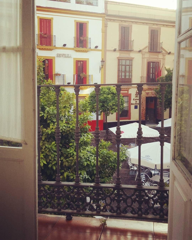 SEVILLA TIENE UN COLOR ESPECIAL #sevilla #holidays #vacaciones #escapada #relax #comida #andalucía #ojú @fleur_d_elise @fatimafdezh by dsl810