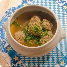 Oktoberfest Schmankerl: Münchner Leberknödel Suppe  - rezepte -