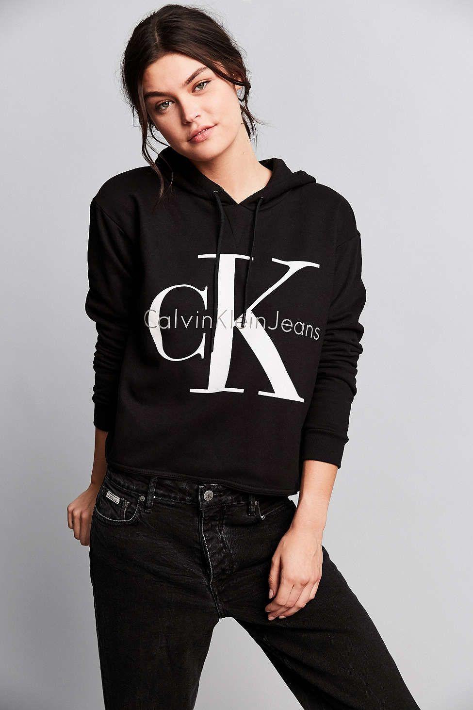 Calvin Klein For UO 90s Cropped Hoodie Sweatshirt - Urban