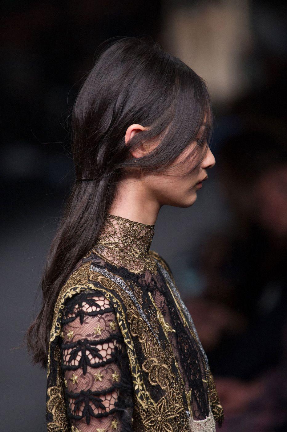 493 details photos of Valentino at Paris Fashion Week Fall 2015.
