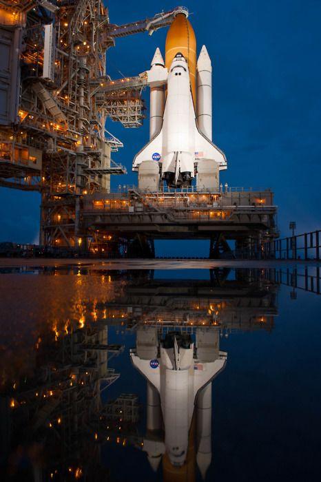 SPACE SHUTTLE ATLANTIS LAUNCH STS-110 NASA 8x10 PHOTO