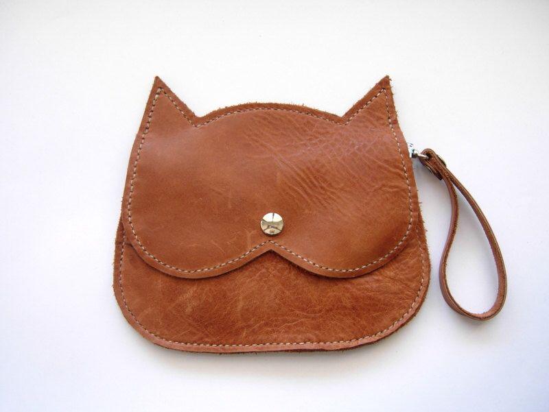 light tan leather Cat bag, brown leather wristlet Cat clutch purse, crazycatlady bag by RachelaPiras on Etsy https://www.etsy.com/listing/193170828/light-tan-leather-cat-bag-brown-leather