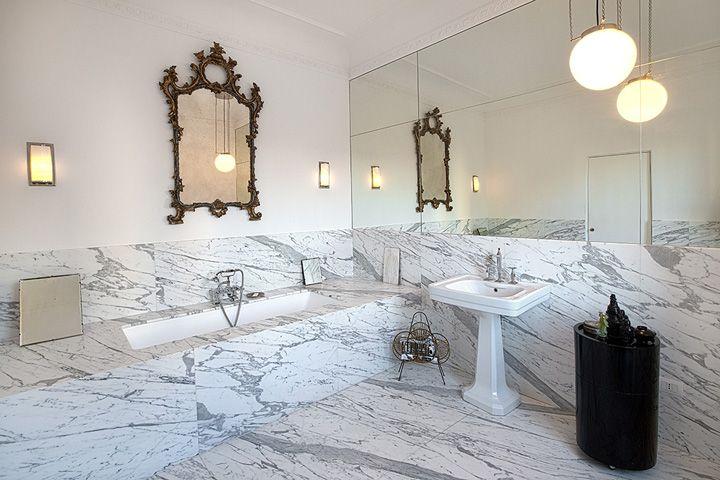 bagno-padronale-in-marmo | Bagni marmo calacatta | Pinterest