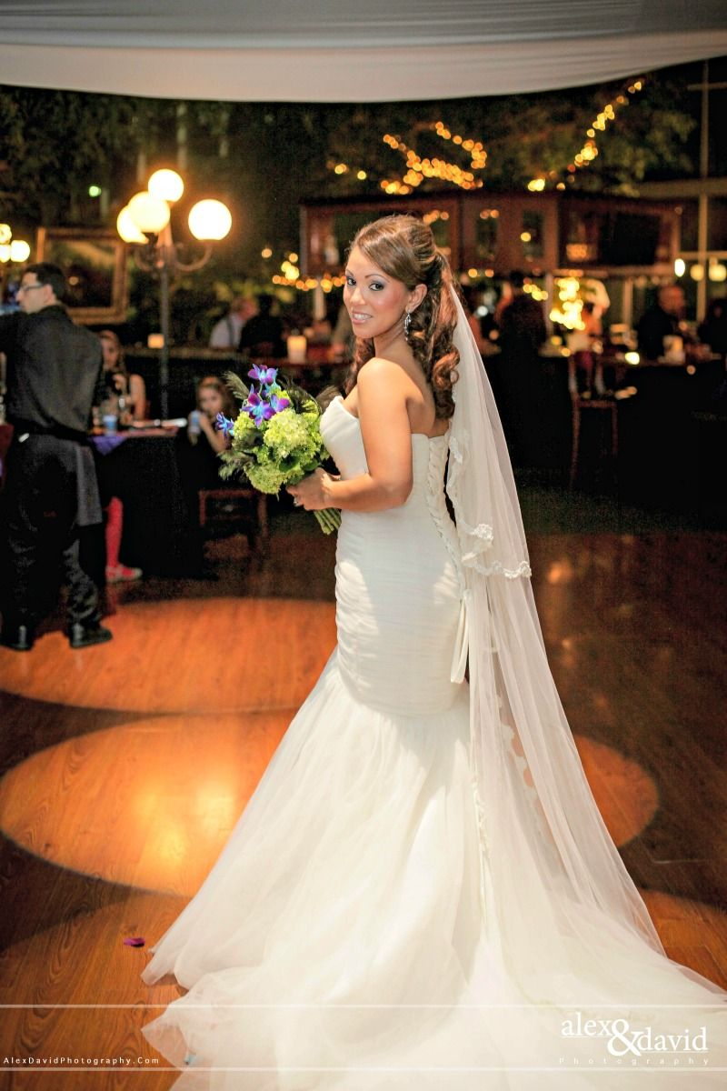 Bride Johanna pictured at her wedding to Richard at Pavilion Grille. Photo by Alex and David