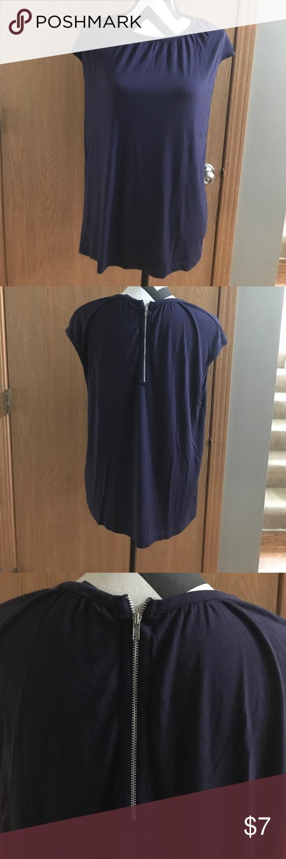 Alfani Purple top zipper on back short sleeve use. Good condition Alfani Tops Tank Tops