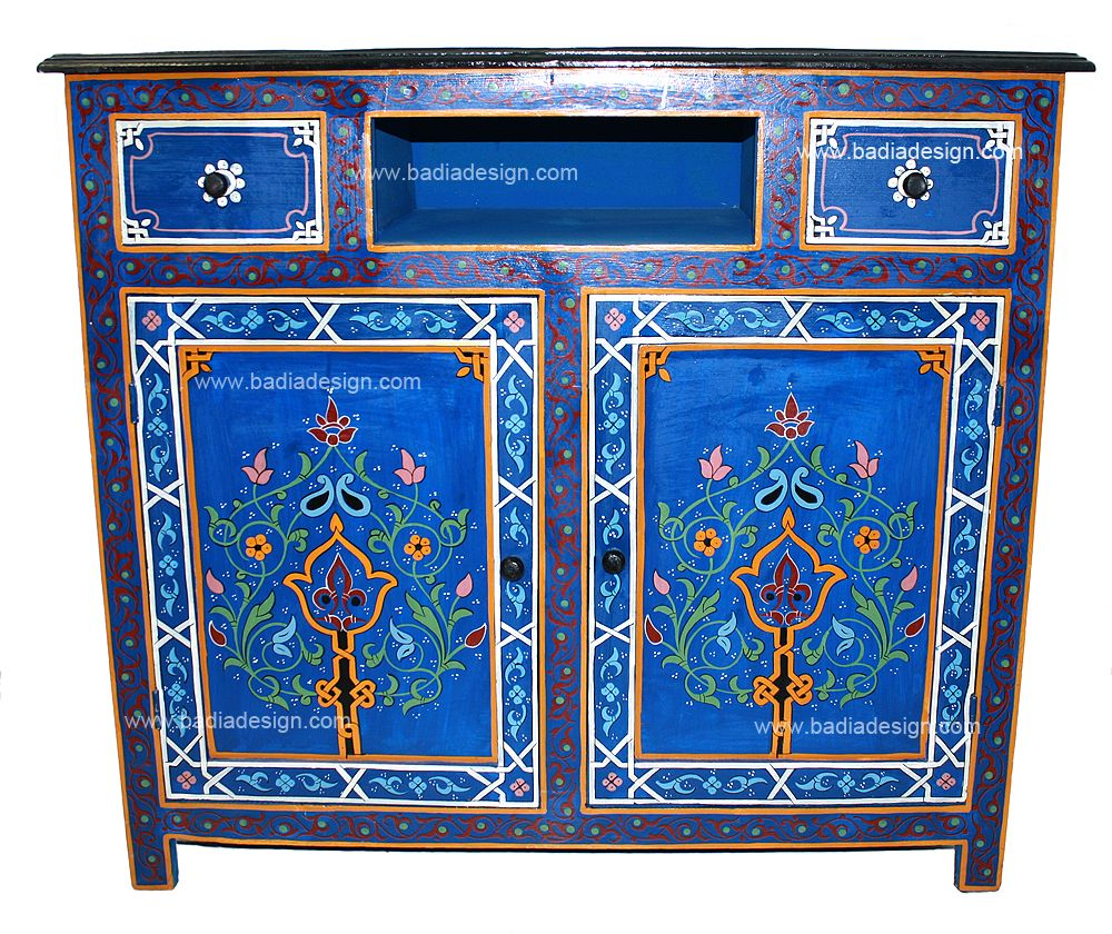 Moroccan cabinet It would look fantastic as a centerpiece in a
