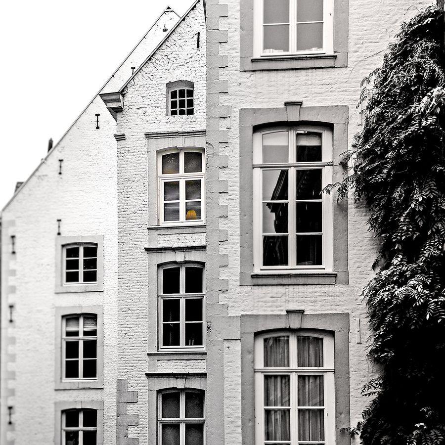 Three Houses by Juergen Novotny, via 500px