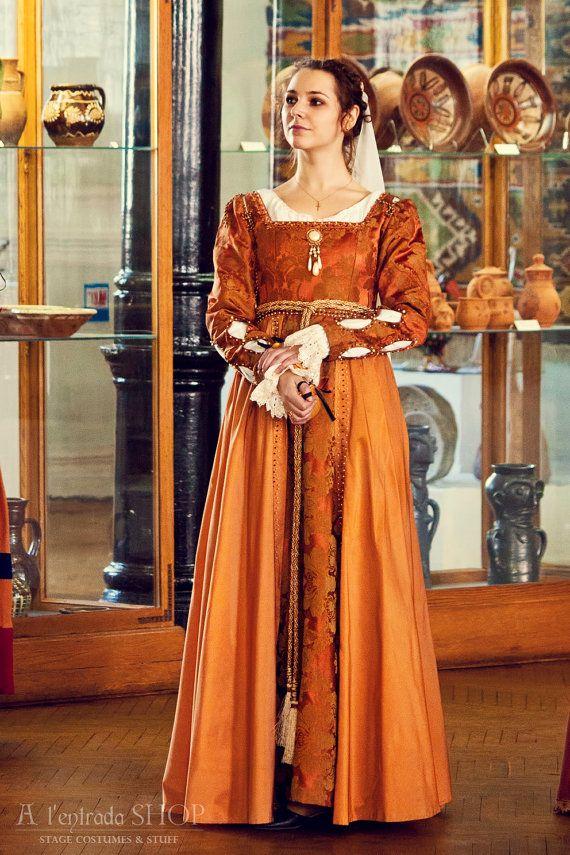 Renaissance Gown Italian Fashion Medieval Dress By Alentradashop Pretty Dresses Pinterest
