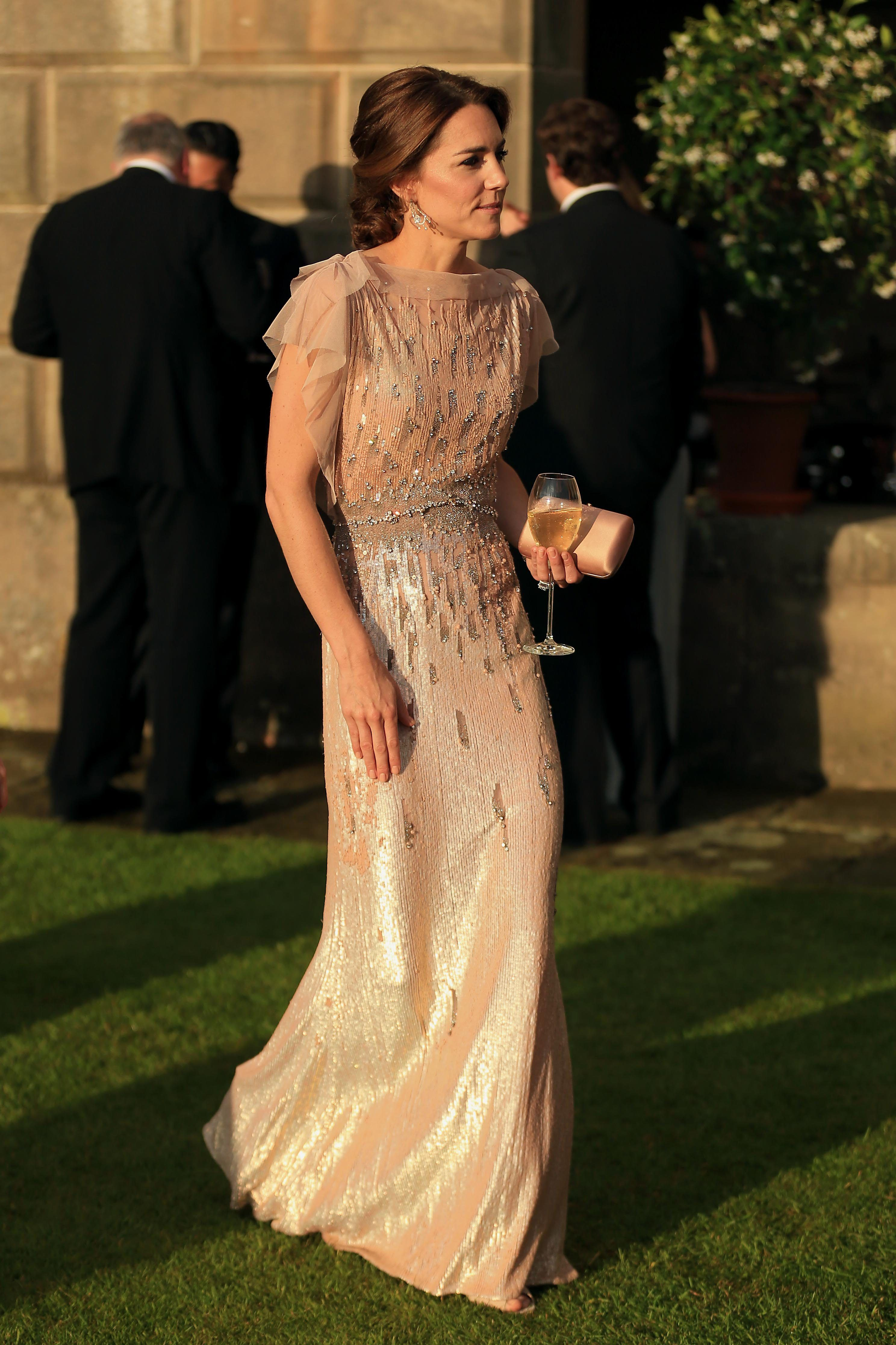 Abiti Eleganti Kate Middleton.Kate Middleton Cena Di Gala Jenny Packham Principessa Kate