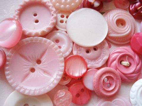 vintage pink buttons for momma