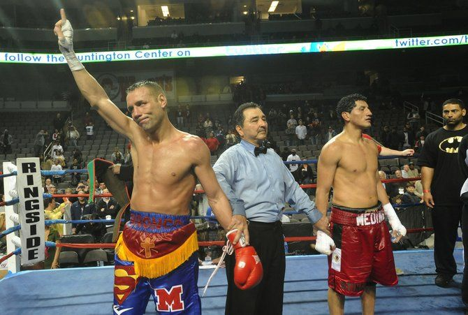 Mckart To Retire After 22-Year Boxing Career - http://zooperstuff.com/boxing/boxing/mckart-to-retire-after-22-year-boxing-career/ -
