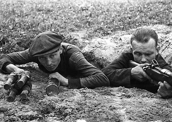 ОПОЛЧЕНЦЫ НА РУБЕЖЕ. 1941 г.