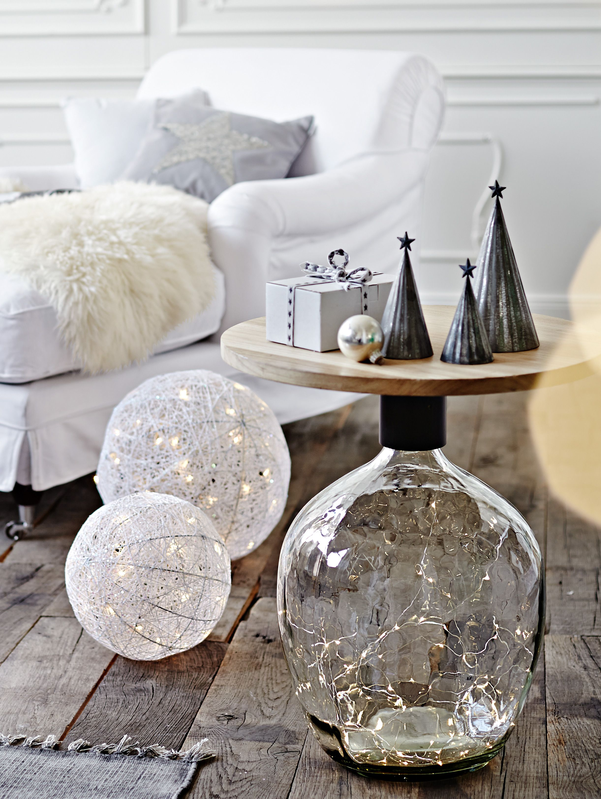 LED Leuchte Ball Lichtspiel mit 30 LED Lämpchen Dekoration Winterstimmung