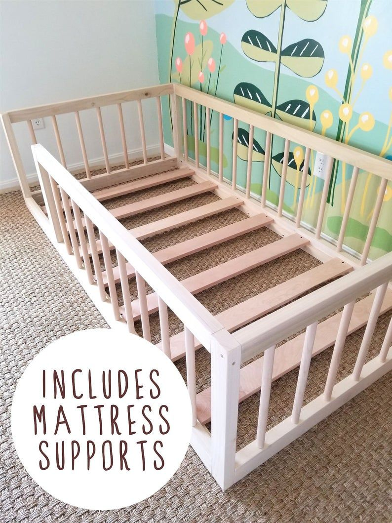 Montessori Floor Bed To Raised Bed Convertible With Rails Etsy Vloer Bedden Peuterkamers Diy Bed