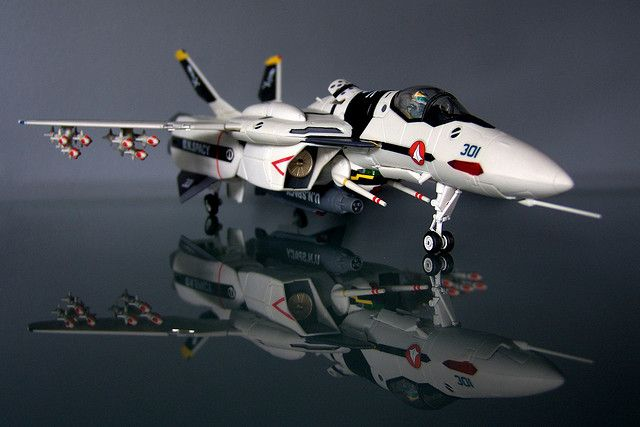 VF-0S Roy Focker's Phoenix