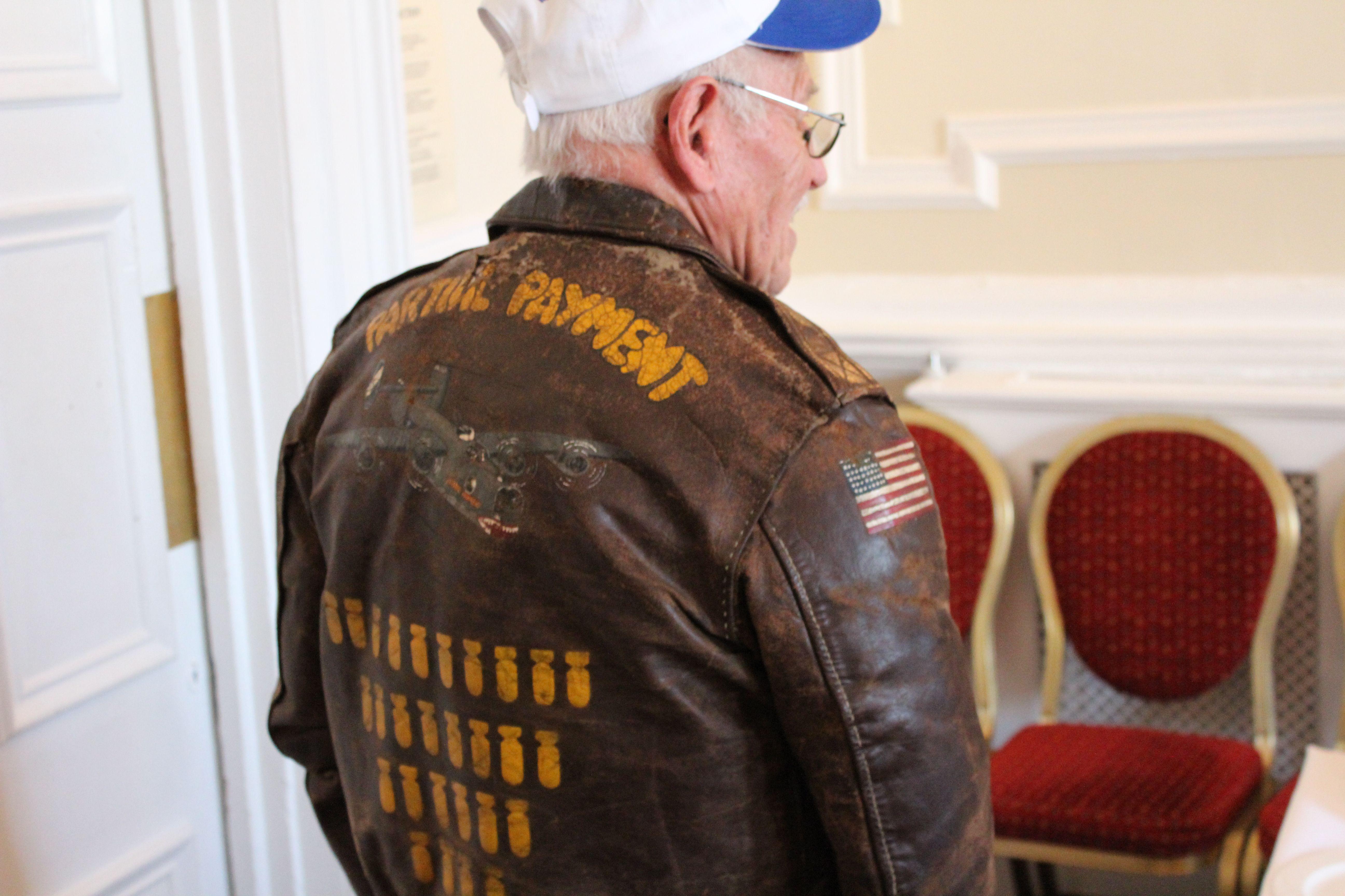 B 24 Veteran Burton Madison From Kansas City Mi Burton Was A Ball Turret Gunner In The 453rd Bomb Leather Flight Jacket Leather Bomber Jacket Flying Jacket [ 3456 x 5184 Pixel ]