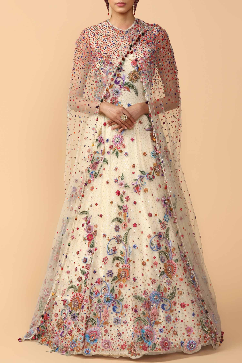 Tarun Tahiliani In 2020 Indian Fashion Designers Fashion Designer Bridal Lehenga