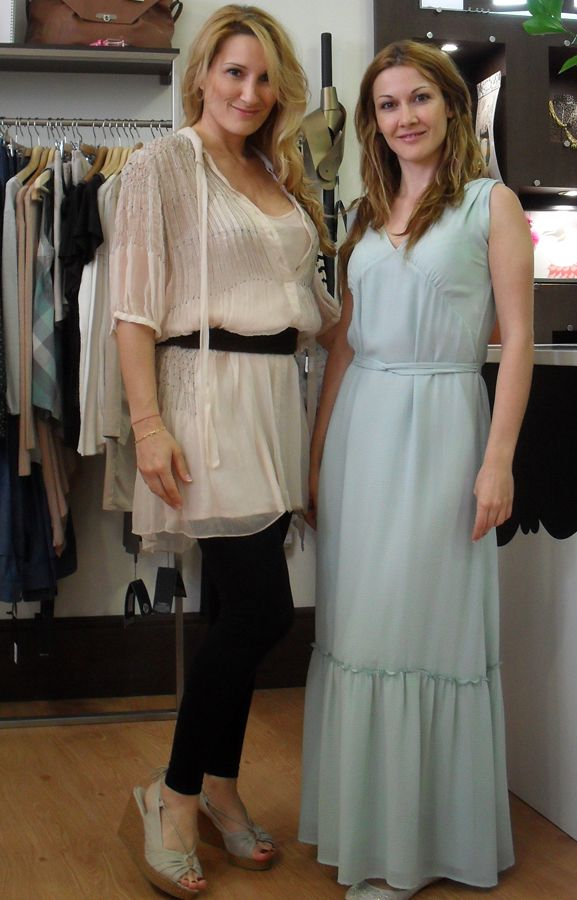 Noelia & Sandra, dresses by Whiite and Whiz